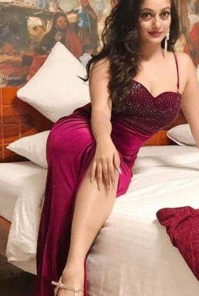Call Girls In Dwarka 8448334181 Door Step Escorts In Delhi Ncr