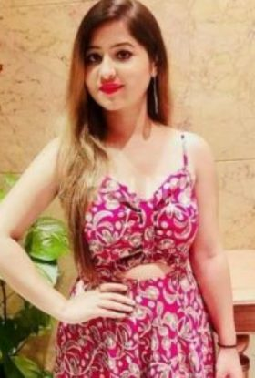 Call Girls In Sheraton 9205090610 Escorts ServiCe In Delhi Ncr