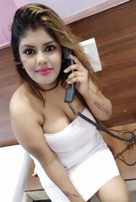Call Girls in Connaught Place – Beautiful Escort